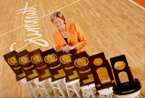 pat_summitt_with_8_trophies_-_credit_-_patrick_murphy-racey_0b7e98d1a10a737f9958a1ce54ec1d72.nbcnews-ux-2880-1000.jpg